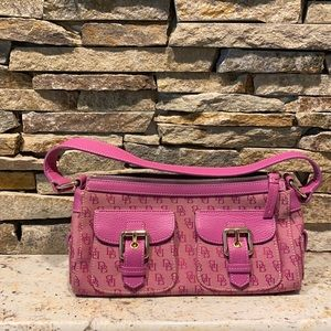 Vintage dooney and bourke bag *like new condition*